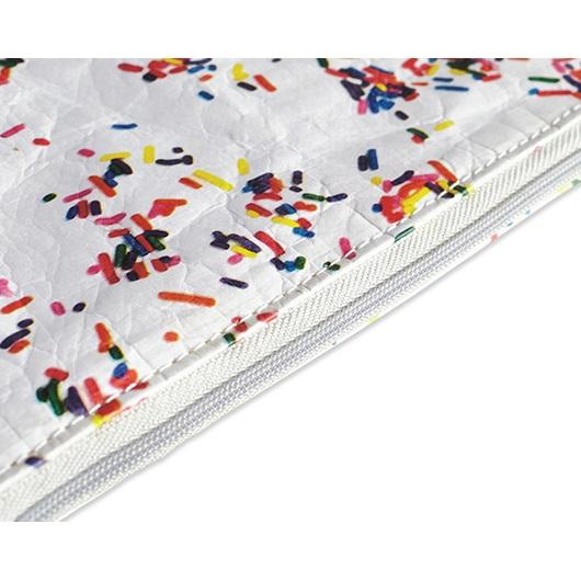 Dynomighty ארנק Tyvek דגם Wristet - לבן נקודות