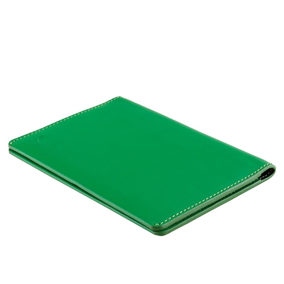 Leather Passport Holder Hoshi - Green