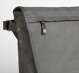 J.FOLD Courier Coated Canvas 15  Laptop Messenger - Charcoal